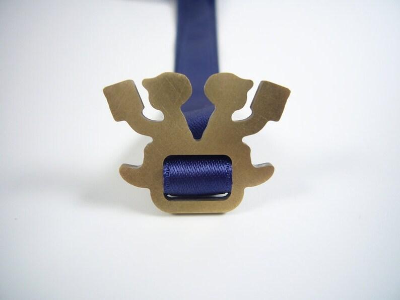 dark blue bookmark  LESEPAUSE image 0