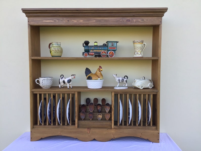Pine shelves incorporating a central  spoon rack and plate image 0