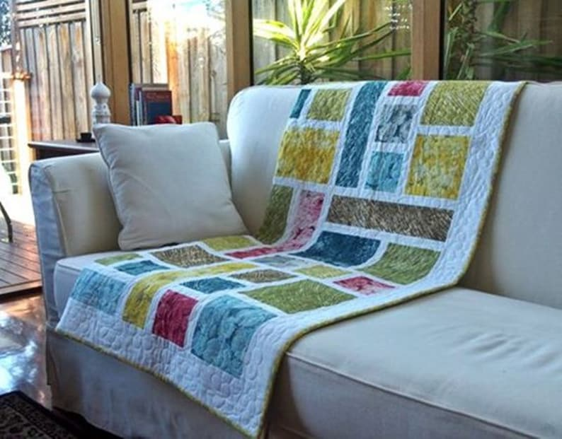Stained Glass quilt pattern PDF download by Leslie Edwards  image 0