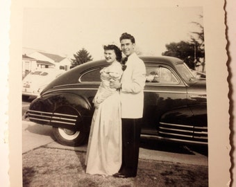Vintage Classic Car/Wedding/Celebration Photo.  1940's-50's.