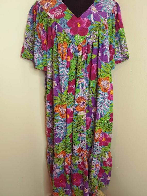 Vintage 1990s tropical print multi-color kaftan Mu