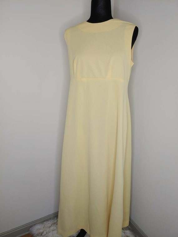 1970s yellow empire waist maxi dress