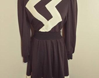 Vintage 1980s black white zig zag puff sleeve flare dress