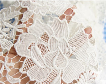 1 Yard White Venice Lace Fabric Big Roses Fabric 47 Inches Wide For Wedding Dress Veil