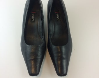966ea74c300a Ecco Leather Heels Size 37 Womens Vintage Classic Pumps Ladies Made in  Italy Matte Black