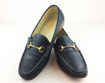 11c8e1371c5 Brooks Brothers Horsebit Leather Loafers Vintage Womens US Size 7-1 2  Medium Blue Preppy Life