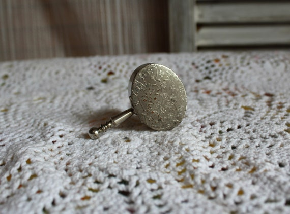Pretty set! Vintage Goldswanmirrorcompactpearlbeaded earringsgoldchainbracelet set Fun set for art decoweddinggift set