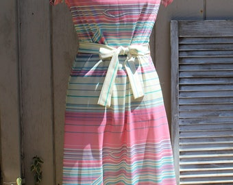 Vintage! Joan Curtis. Pink/blue/white/striped/mid length dress. 1960s/1970s. Nice dress! Very cute dress!!