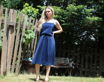 Vintage/royal blue/ties straps/ties on waist/med/short/summer/spring/dress. 1970s. Bridesmaids/prom. Pretty dress. Union made.