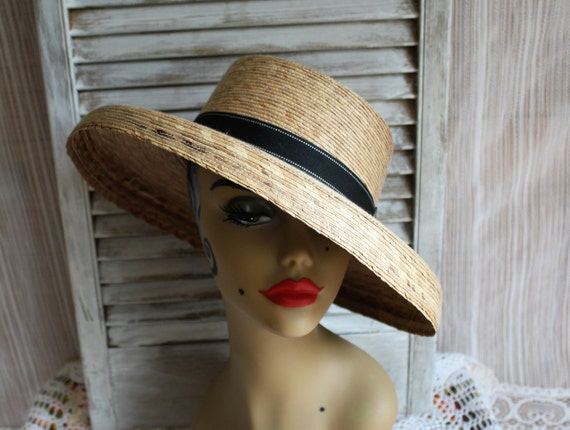 15803df2c73 Vintage tan beige black straw vacation garden beach sun ladies