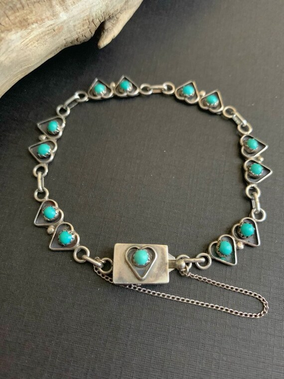 Turquoise Jewelry,American Indian Jewelry,Vintage Turquoise Jewelry,Zuni Bear Paw Bracelet Zuni Bracelet . Native America Indian Jewelry