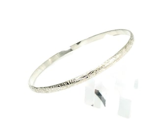 Beautiful Flower and Leaf Pattern Sterling Silver Bangle Bracelet