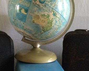 PRICE REDUCED *** Vintage Replogle World Political Globe with Pale Turquois Water 1970's great condition