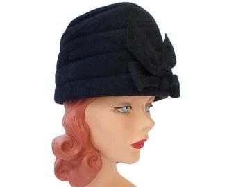 Black Velour Shako Hat // Vintage Black Tall Hat with Bow // Soft Black 1960s Tall Hat // Vintage 1960s Small Hat Size 22