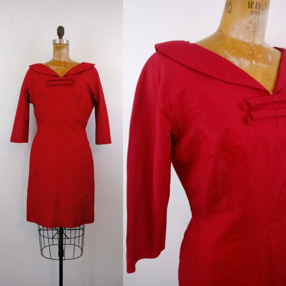 1950s Red Wiggle Dress Medium // Red V Neck Double
