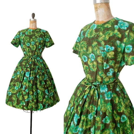 1960s Green and Turquoise Autumnal Belted Day Dres