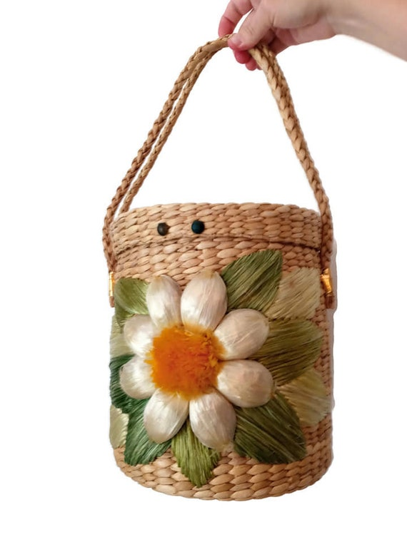 Retro 1960s Rattan Huge Daisy Basket Purse // Dais