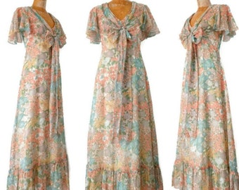 Vintage 1970s Cape Sleeve Floral Ruffled Maxi Dress // Small 70s does 30s Floral Garden Party Dress // Floral Hippie Dress // 70s Wedding