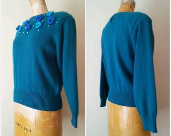 Vintage 1990s Turquoise Donut and Pearls Sweater // Puff Ball Turquoise Blue Small Sweater // Petite Keyhole Back Sweater // Petite 34b 28w