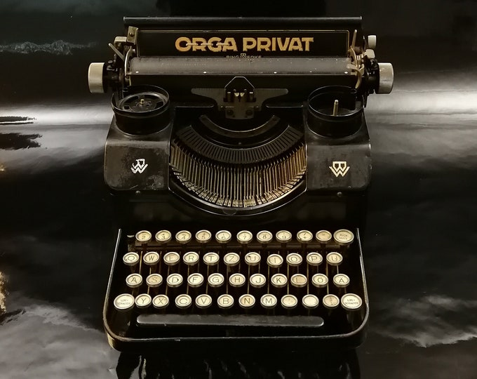 OLGA PRIVAT MODEL 3 - perfectly working vintage typewriter - Professionally Serviced - gift for a writer