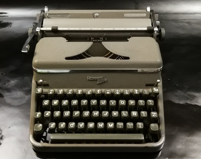 SOLD! HERMES 2000 mint condition perfectly working vintage typewriter - Professionally Serviced by Typewriter.Company- gift for a writer