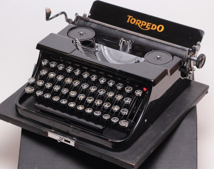 TORPEDO MODEL 15a perfectly working vintage typewriter - Professionally Serviced