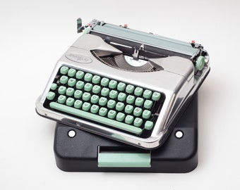 """LIMITED EDITION HERMES Baby """"chrome"""" silver mint condition perfectly working typewriter- Professionally Serviced"""