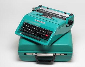OLIVETTI STUDIO 45 - perfectly working vintage typewriter - Professionally Serviced portable iconic typewriter - qwerty typewriter