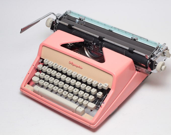 New! Typewriter.Company - The Best Working typewriter - Olympia SM7 - A3 - vintage working typewriter - retro pink typewriter - qwerty