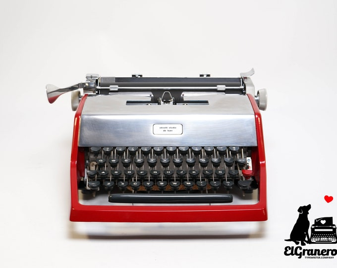 OLIVETTI STUDIO de Luxe - mint condition perfectly working vintage typewriter - Professionally Serviced