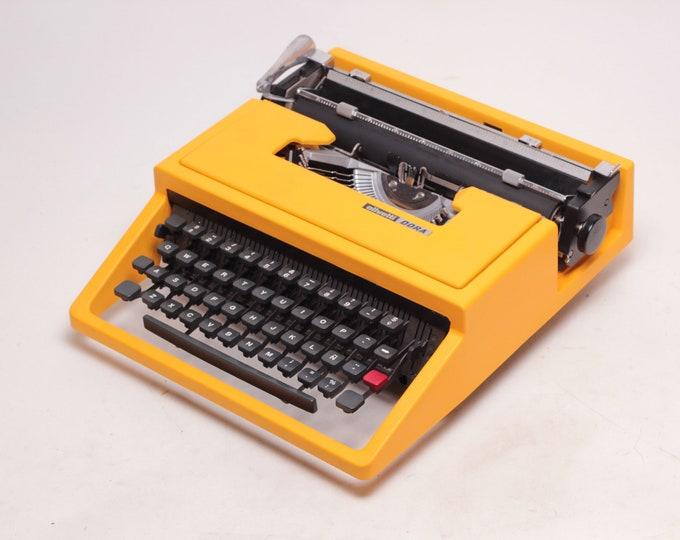 TYPEWRITER OLIVETTI DORA aka Lettera 31- yellow perfectly working typewriter - Professionally Serviced