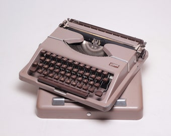 GOSSEN TIPPA perfectly working vintage typewriter - Professionally Serviced - gift for a writer