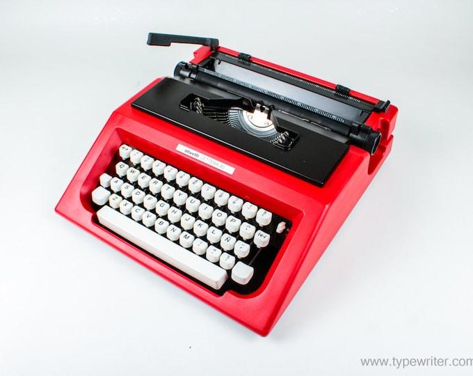 Olivetti Lettera 40 - red vintage typewriter  - working typewriter - 1970s typewriter - gift for writer