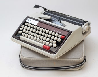 TYPEWRITER BROTHER 1350 de Luxe - perfectly working vintage typewriter - Professionally Serviced - gift for a writer