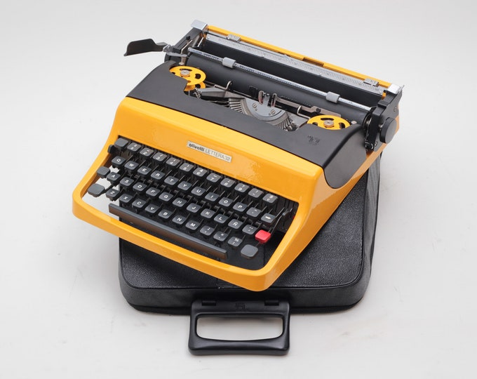 EXCEPTIONAL OLIVETTI LETTERA 32 yellow&black mint condition perfectly working typewriter - Professionally Serviced