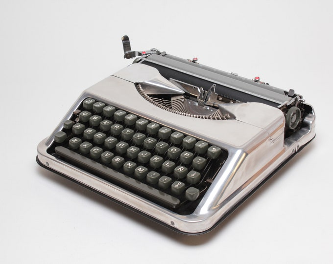 """LIMITED EDITION HERMES Baby """"chrome"""" silver mint condition perfectly working typewriter - Professionally Serviced"""