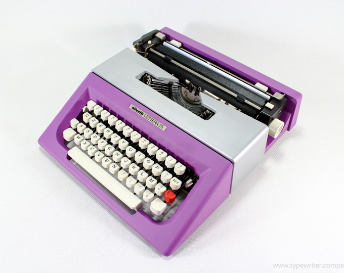 BEST GIFT! Typewriter.Company - Working typewriter  -Olivetti Lettera 25 - violet/silver vintage working typewriter - Gift - qwerty