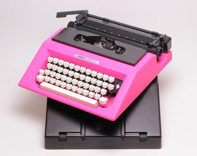 Olivetti Lettera 40 - fucsia pink vintage typewriter  - working portable typewriter - 1970s typewriter - vintage typewriter