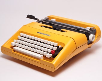 Original Limited Edition ElGranero's Yellow OLIVETTI LETTERA 35 - perfectly working vintage typewriter - Refurbished Professionally Serviced