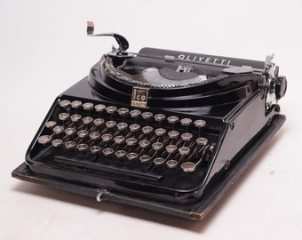 OLIVETTI ICO MP1 - mint condition perfectly working vintage typewriter - Professionally Serviced - gift for a writer