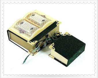 Beautiful Mini-Quran in Velvet box decor