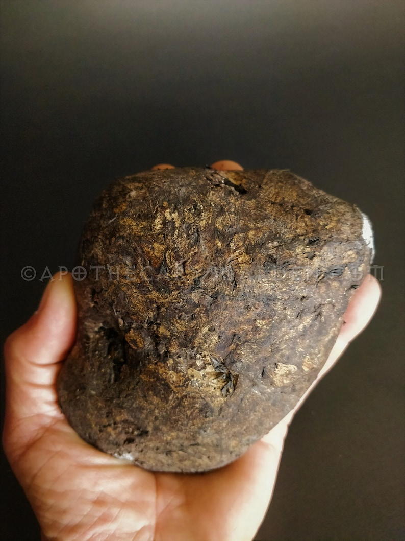 Ambergris-Ocean Gold, Whale Vomit, Aphrodisiac for Perfume, Incense, Medicine.