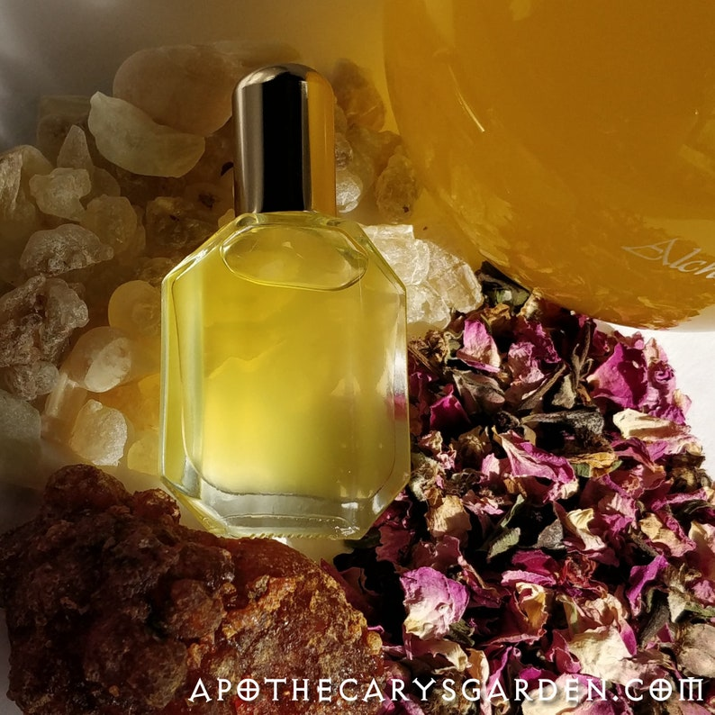 Frankincense Rose Serum with Royal Green Hojari Frankincense image 0