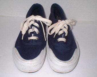9b484d7c5 Cherokee Navy Blue Sneakers Boat Shoes Size 7 VGC