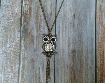 Beautiful crystal owl necklace