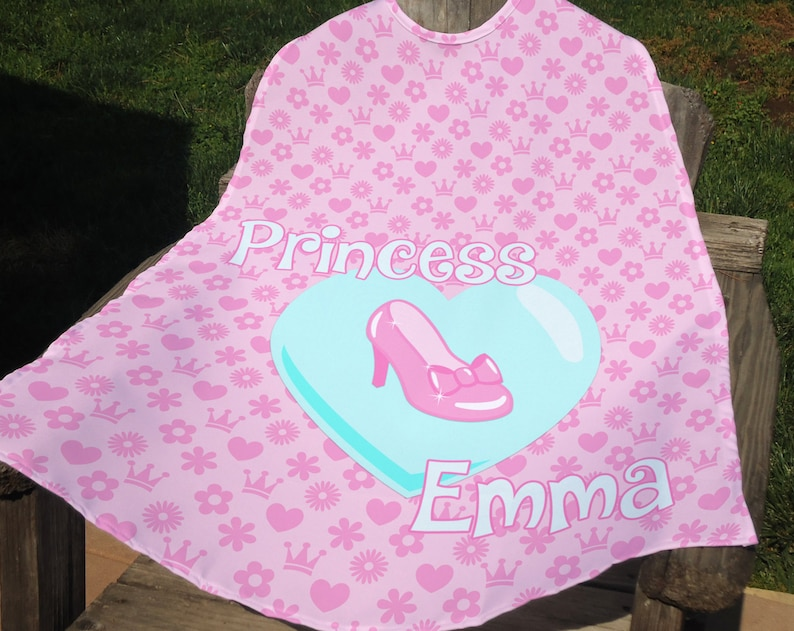 Personalized Kids' Princess Cape - Princess Cape for Girls - Kids' Princess  Halloween Costume - Custom Dress Up Cape for Girls - Ages 3+