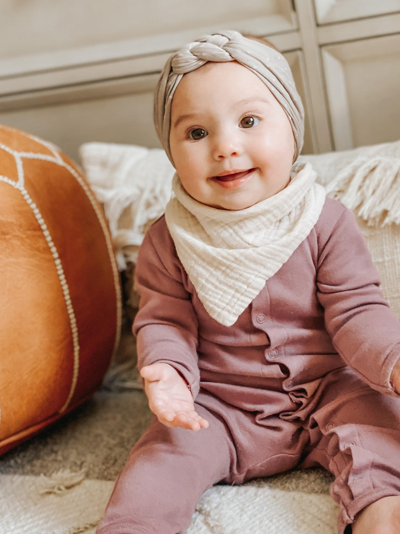Absorbent Cotton Bib Cute baby Bib Baby bib Baby girl Bib PALE PEACH Cotton Gauze Bib Gauze Bib Drool Scarf Baby Girl Bib