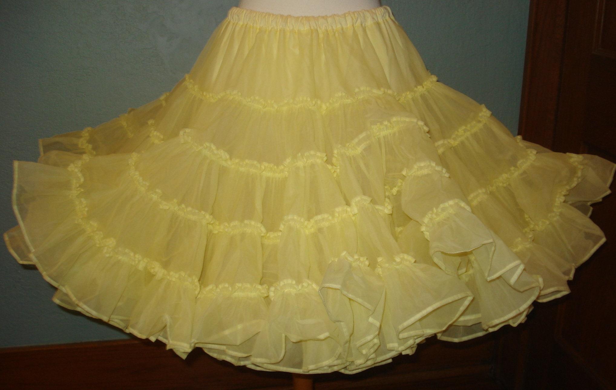 fffa757fbcae Yellow Petticoat Square Dancing Slip Size Medium Two Layers Very Poofy Slip,  Tutu, Crinoline Skirt
