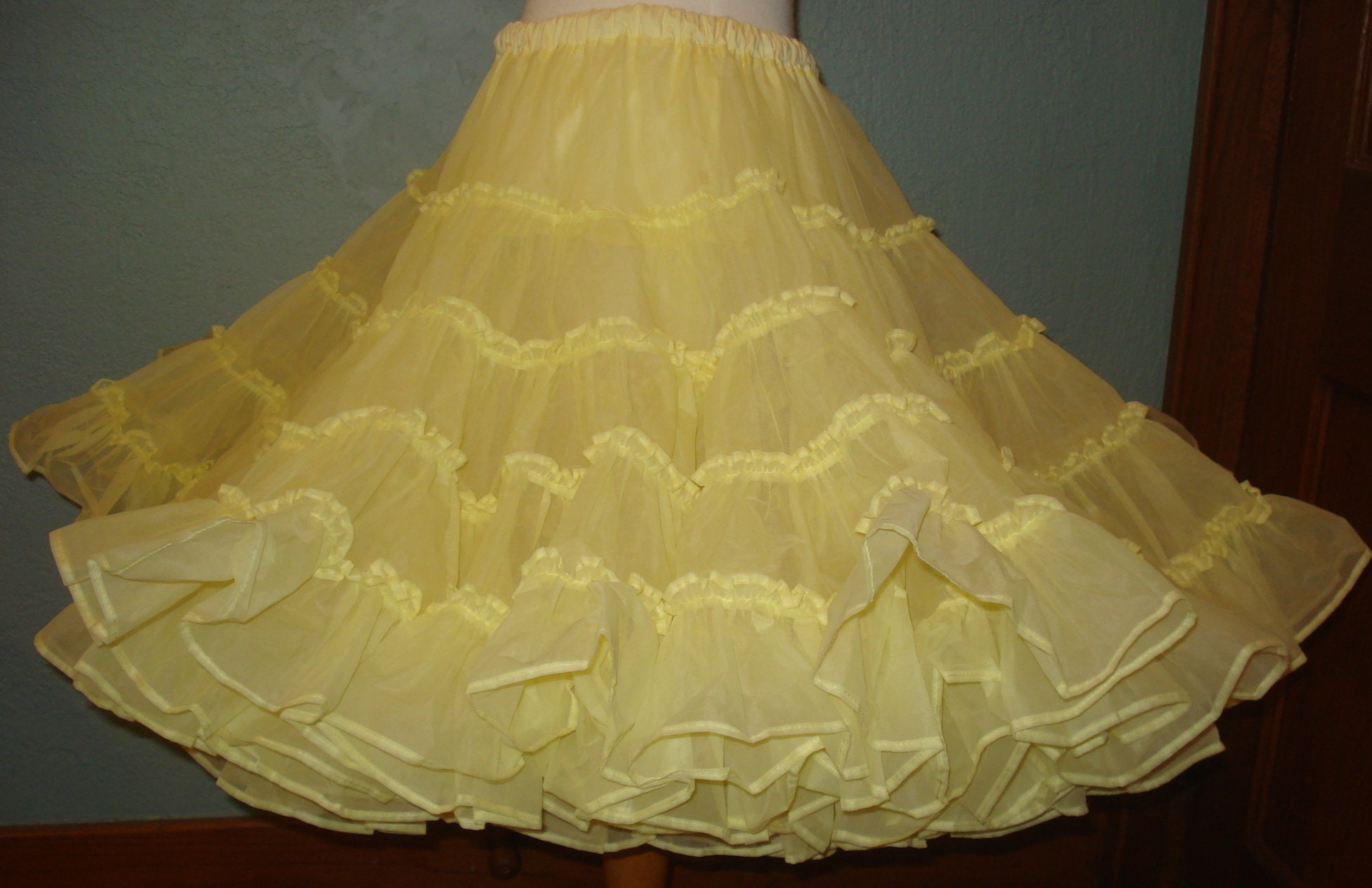 83997fe54b1d Yellow Petticoat Square Dancing Slip Size Medium Two Layers Very ...