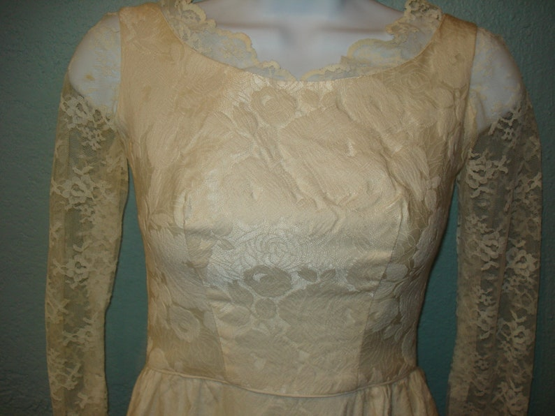 1950 Ivory Brocade /& Lace Wedding Dress Size XS by Clifton Wilhite Lace long sleeves and Lace scooped back